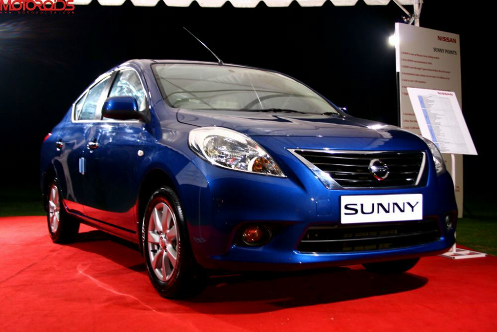 Nissan Sunny Launched Price Specs Details Images Brochure