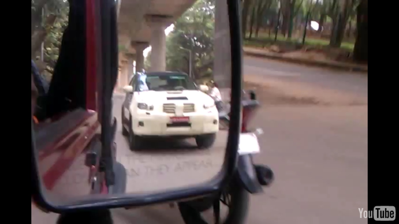 VDO: Face-lifted Toyota Fortuner SUV being tested in Bangalore!