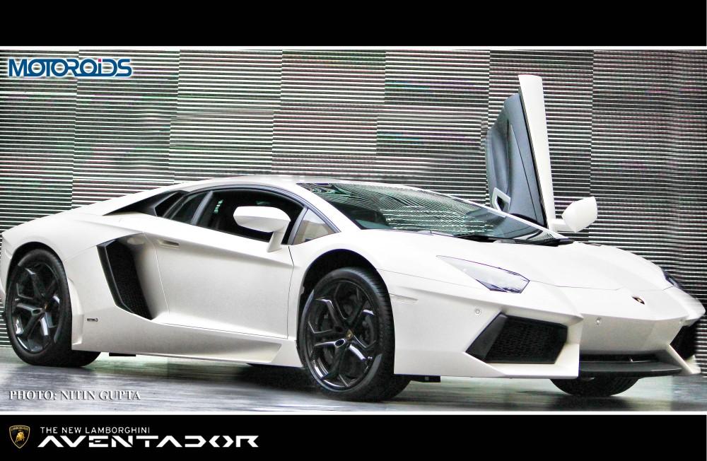 Lamborghini-Aventador-India