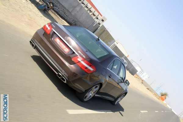 Mercedes-Benz-E63-AMG-8 resizedimage600398-Mercedes-Benz-E63-AMG-3 resizedimage600399-Mercedes-Benz-E63-AMG-5