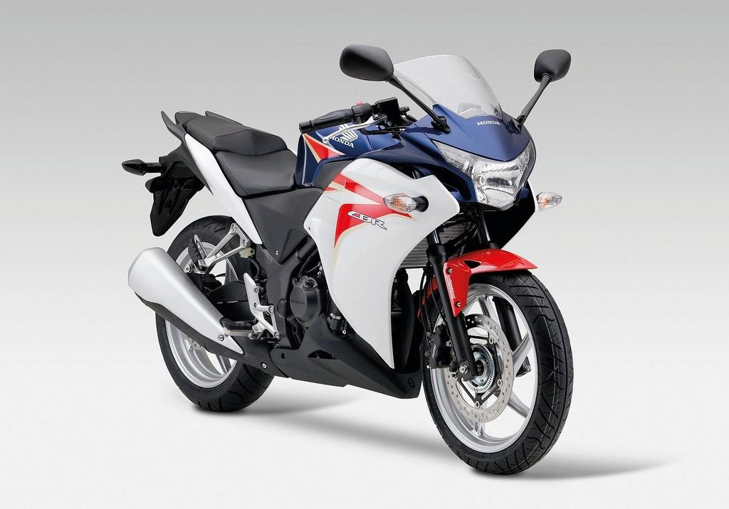 April 4, 2012-2011-Honda-CBR250R.jpg