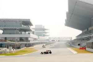April 11, 2012-2012-Indian-Grand-Prix-F1-race.jpg