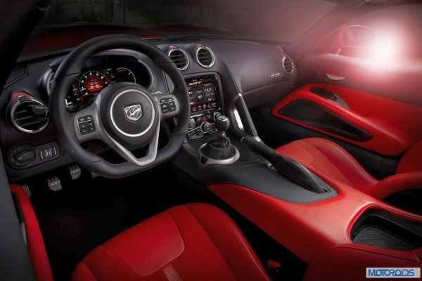 2013-SRT-Viper-17 resizedimage600398-2013-SRT-Viper-2 resizedimage600400-2013-SRT-Viper-9