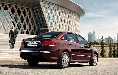2 2 Video, Images & details: 2013 Fiat Linea
