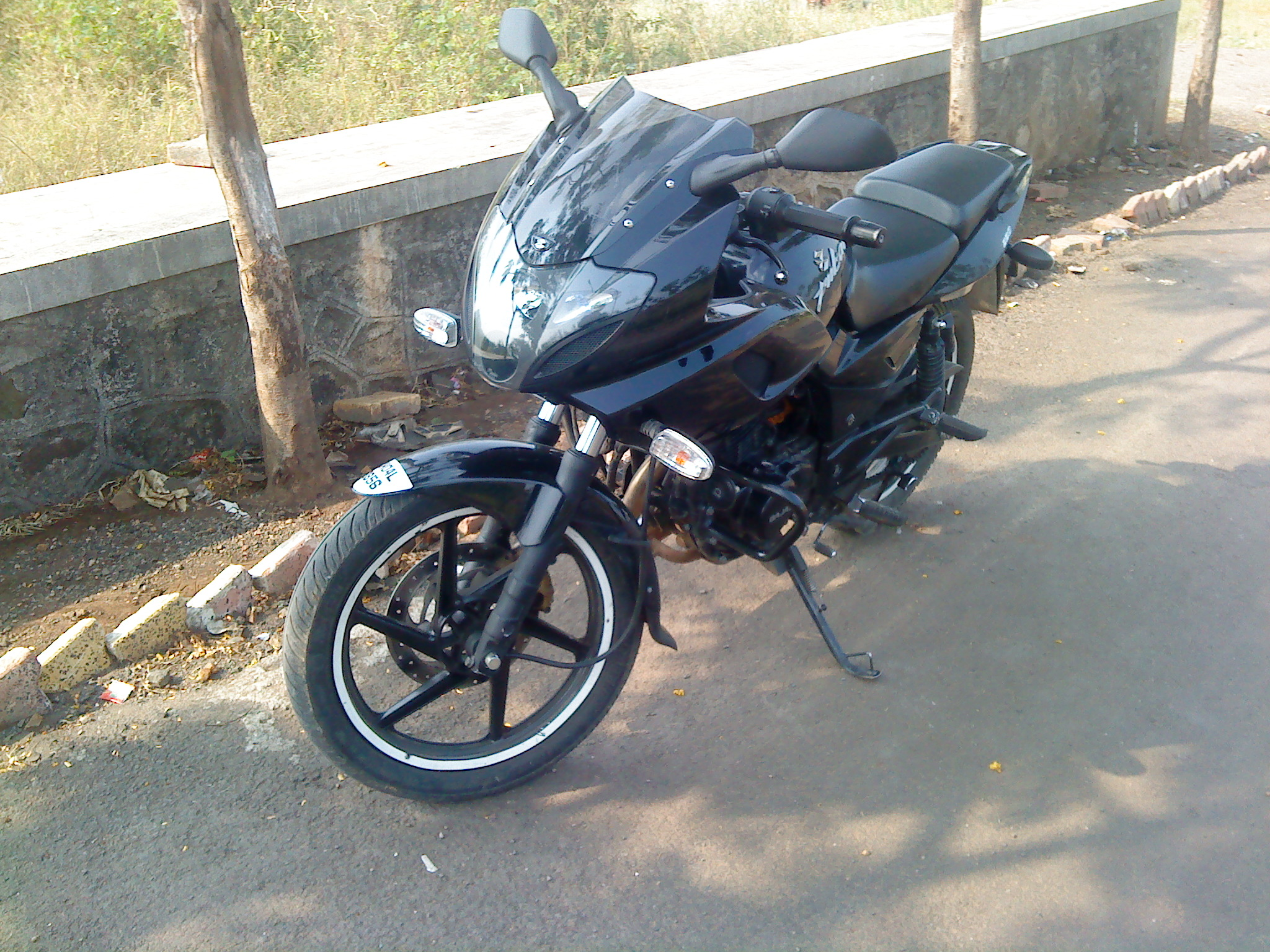 Bajaj Pulsar and Platina become costlier by 1%