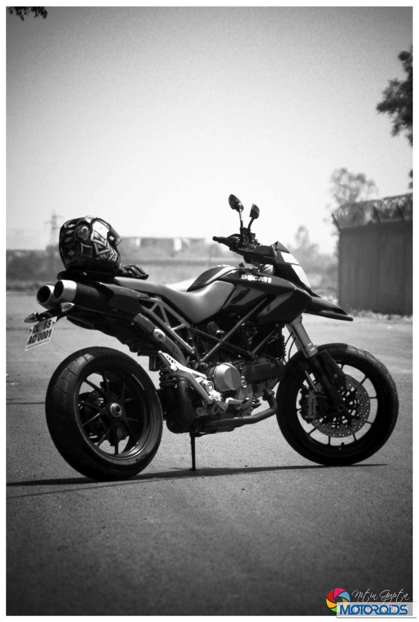 May 15, 2012-Ducati-Hypermotard-1100S-19.jpg