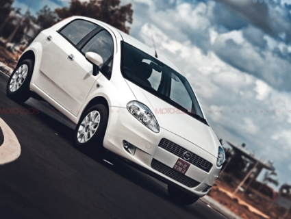 May 15, 2012-Fiat-Punto-90HP-Launched-opener.jpg