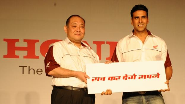 Honda Motorcycles and Scooters hires Akshay Kumar as brand ambassador-May 15, 2012-Honda-Akshay-Kumar.JPG