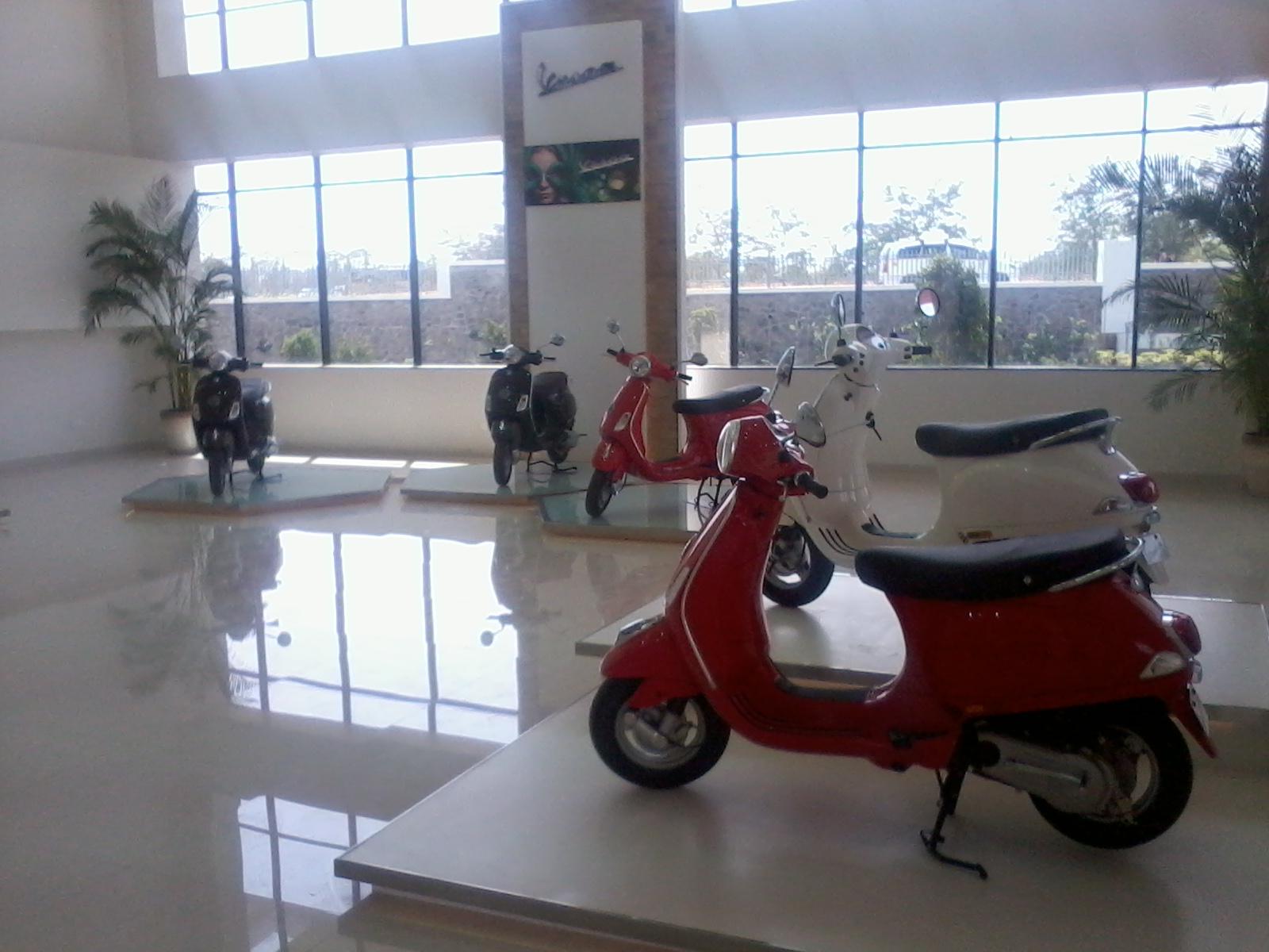 Piaggio Inaugurates two new Vespa showrooms in Delhi