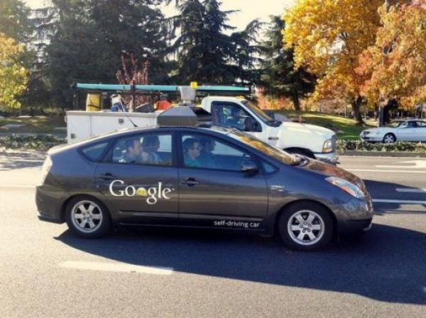Google self driving cars get license from US Department of Motor Vehicles