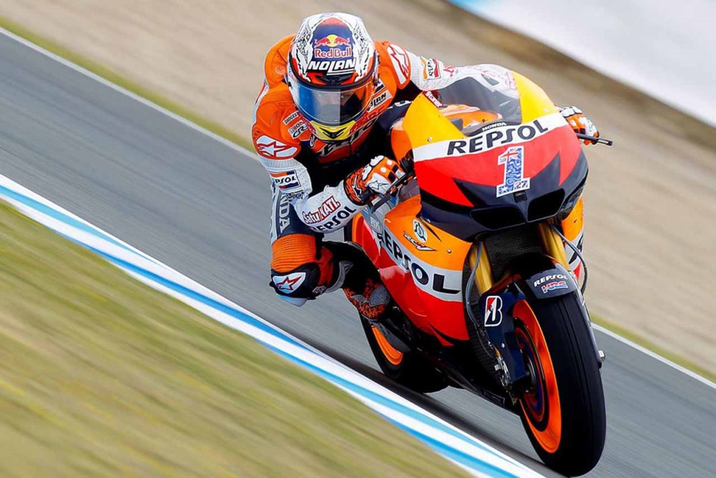 Casey Stoner announces his retirement. To stop racing after current season