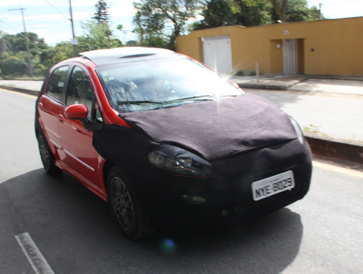 SPIED: Fiat Punto facelift. To come with new features