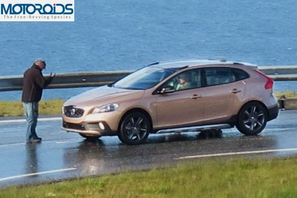 New Volvo XC40 Crossover does not escape disguised Caught undisguised SPIED: Volvo XC40 caught undisguised. India launch confirmed