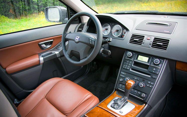 motoroids_volvo_xc90 motoroids_volvo_xc90_interior