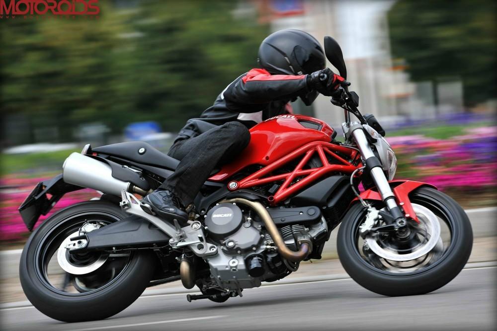 Ducati Monster 795 (9)