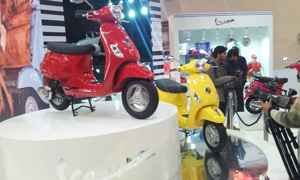 Piaggio at Auto Expo 2012 (2)