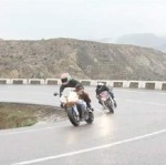 Video: ZX-10R VS S1000RR VS Fireblade VS GSX-R1000 VS R1