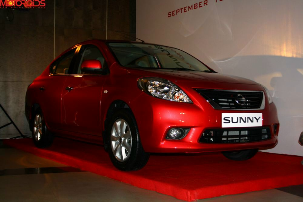 NIssan Sunny, Suuny sedan India (22)