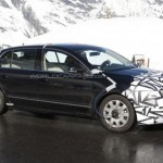 Skoda Superb facelift caught testing