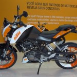 KTM 200 Duke shows off its colours in Brazil