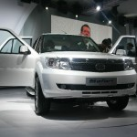 2012 Expo:Tata Motors unveil Safari Storme, Ultra LCV and LPT 3723 truck