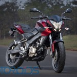 Pulsar 200 NS Styling Review