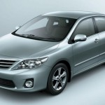 Launched: Toyota Corolla Altis 1.8 G-HV at Rs.1,376,000