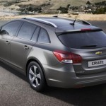 GM reveals Cruze station wagon