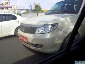 tata safari storme 300x224 SPIED: Tata Safari Storme caught testing again. When will it be launched?