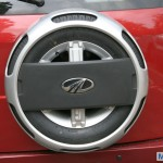 Mahindra Quanto wheel cover