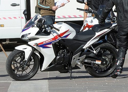 October 26, 2012-Honda-CBR-500-pictures.jpg