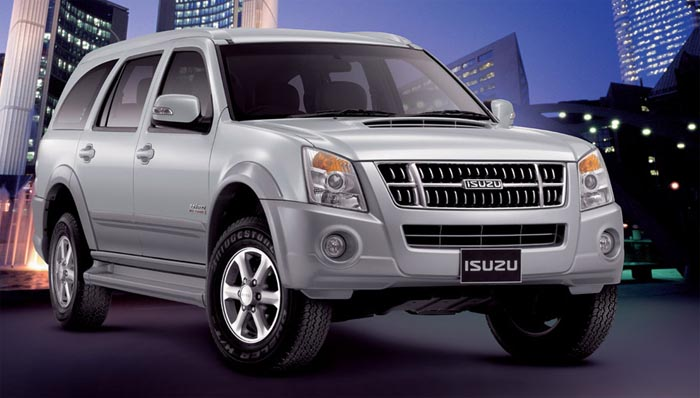 Isuzu MU7 SUV Caught Testing in India. Early 2013 Launch