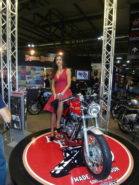 December 13, 2012-Royal-Enfield-Cafe-Racer-Launch-5.jpg