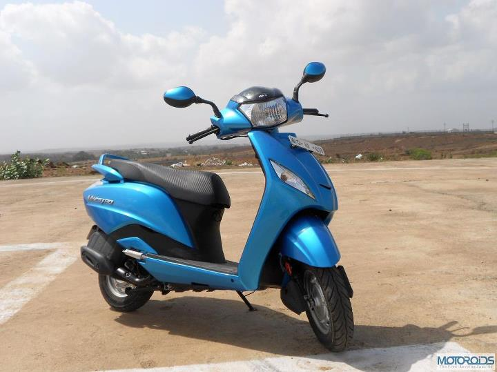Hero Motocorp sells 5.29 lakh two-wheelers in October 2012, including 50K scooters
