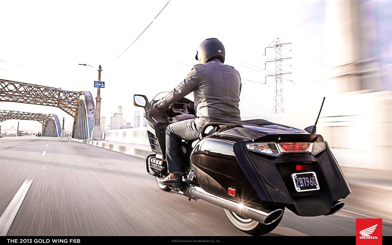 November 12, 2012-Honda-Gold-Wing-04.jpg