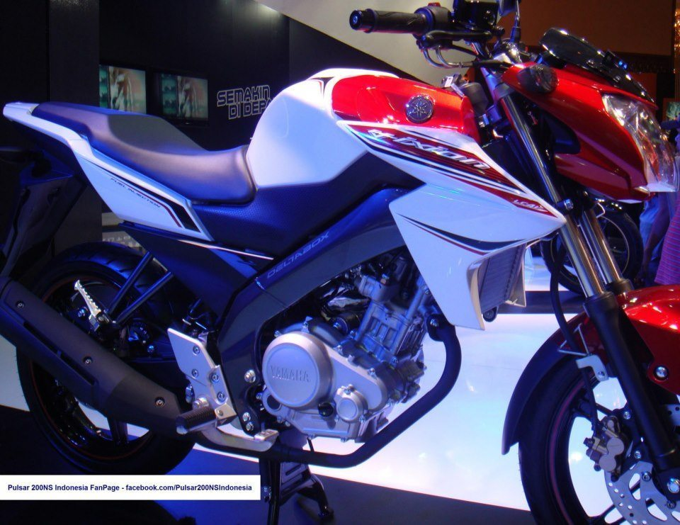 Yamaha unveils 2013 Vixion / cut price R15 – images, specs and details