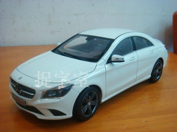 Mercedes CLA Scale Model Reveals More Design Details
