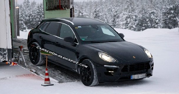 Porsche Macan Spotted Wearing Slightest of Camouflage