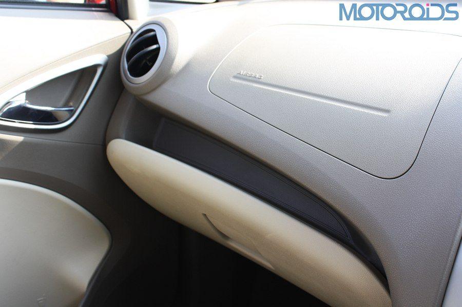 Chevrolet Sail sedan (31)