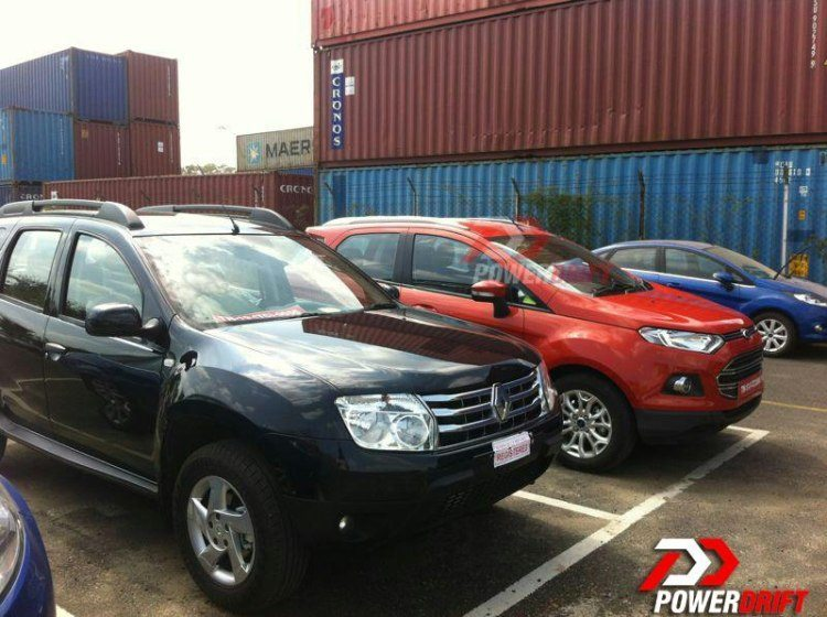 Ford EcoSport and Renault Duster seen together in India