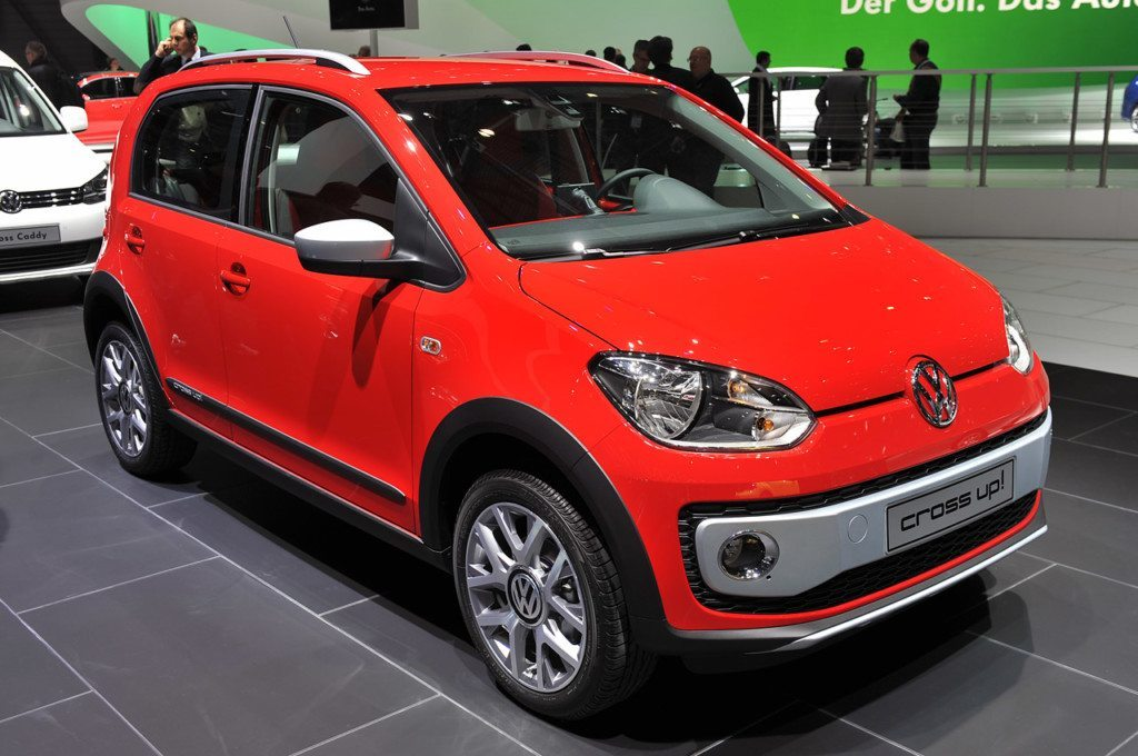 Volkswagen Cross UP unveiled at Geneva Motor Show 2013
