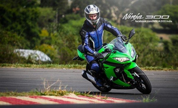 2013 Kawasaki Ninja India Price Launch (2)