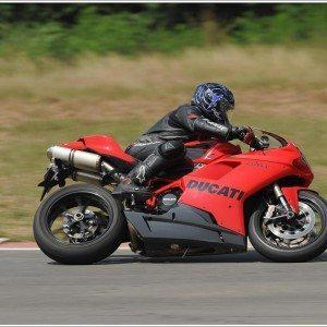 Ducati 848 Evo (1)