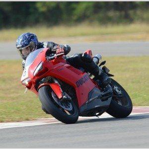 Ducati 848 Evo (4)