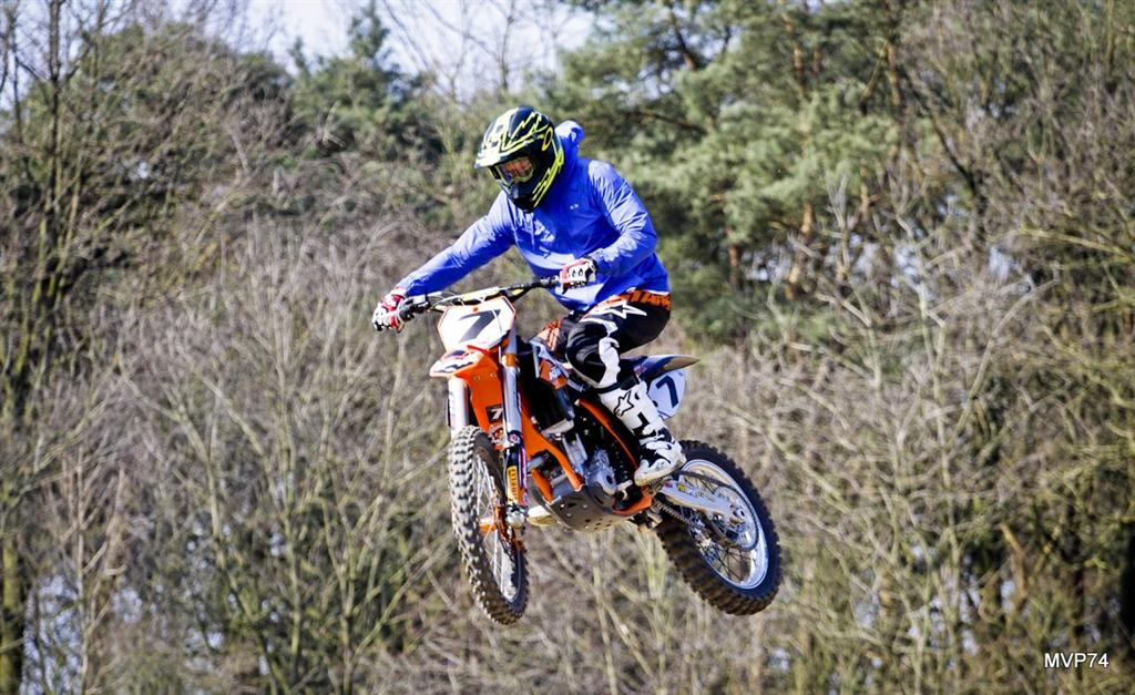 What's equally exciting for Kimi as F1? It's motocross!