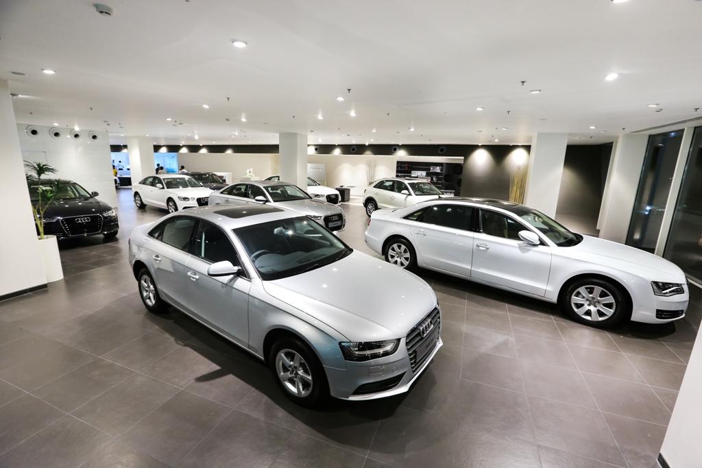 Audi Opens Its First Ever Showroom In Orissa Motoroids - Audi car showroom