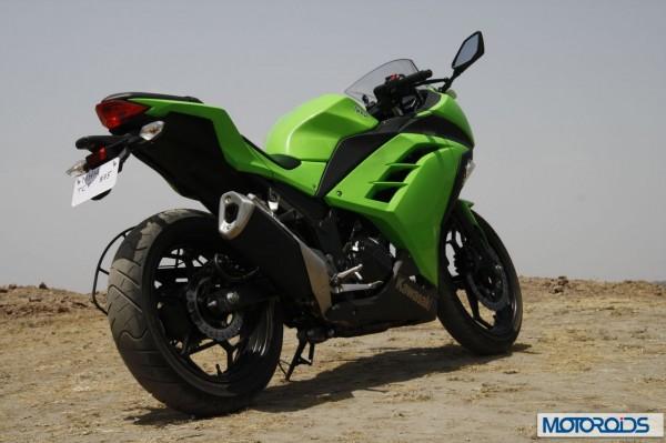 Kawasaki Ninja 300 full review That lady in green  Motoroids