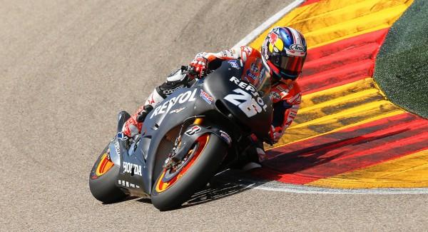 2014 Honda RC213V 21 600x325 New 2014 Honda RC213V MotoGP contender unveiled
