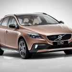 All you need to know about the new Volvo V40 Cross Country