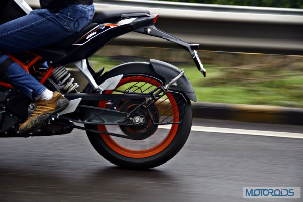KTM 390 Duke India road test review (10)